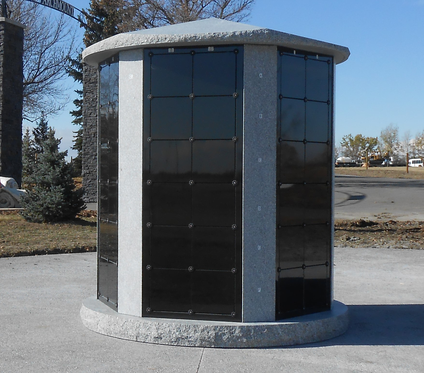 ChinookColumbarium.JPG